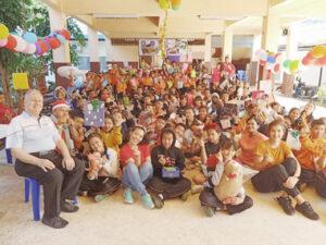 Chiang-Mai-Thailand---Burmesische-Schule---Jahresfeier-mit-PHD-und-PHTH
